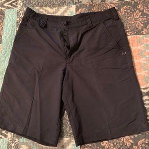 Black Under Armor golf shorts
